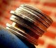 Způsoby, jak odesílat a přijímat peníze do a ze zahraničí, pomocí internetového bankovnictví a platebních systémů.