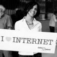 V době rozvoje internetu a FaceBooku je moderní sdělovat okolí i neznámým lidem své názory, postoje, příběhy a vědomosti online. Webových stránek a blogů pak přibývá jako hub po dešti, […]