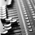 Program na retušování hlasu je povinou výbavou každého moderního zpěváka, který to chce někam dotáhnout. Přirozenost nikdo neocení, cení se pouze dokonalost!