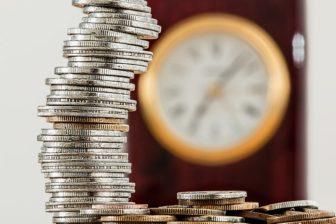 investice, jak investovat do nemovitosti, peníze