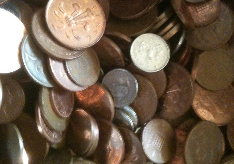 Potřebujete si rychle půjčit peníze? Poradíme vám, od koho