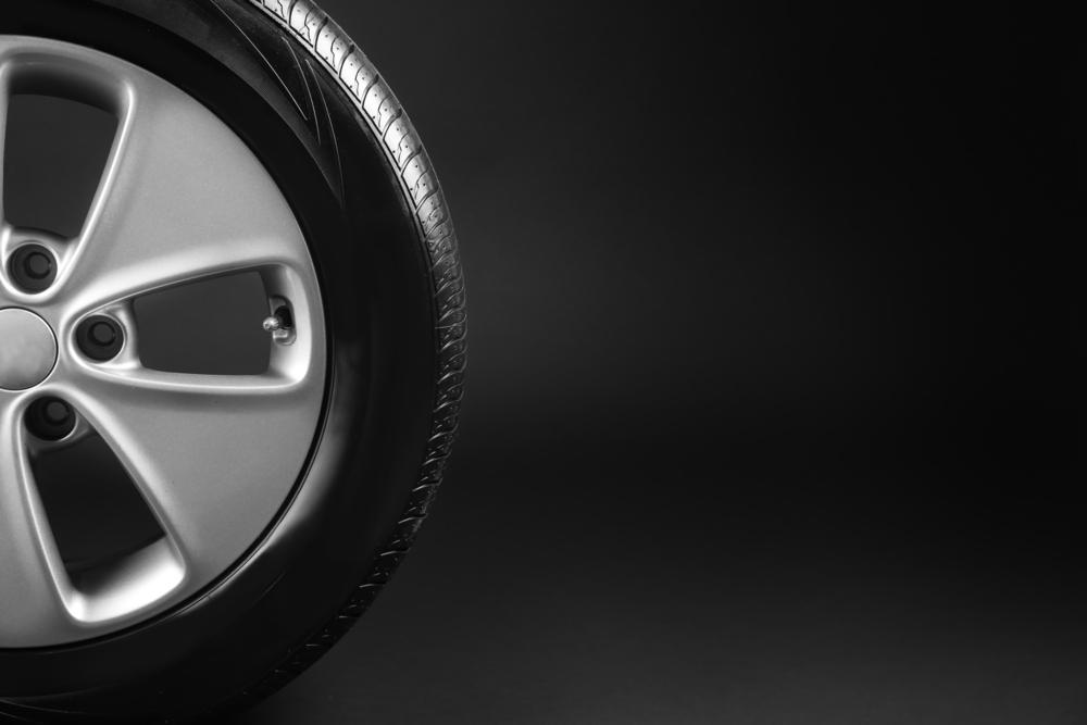 Jednoduchý způsob, jak vylepšit vzhled vašeho vozu: poklice na kola!